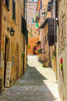 A Villa in Tuscany: Day trip to Montepulciano