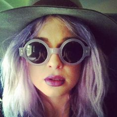 Kelly Osbourne's Purple Hair and Matching Sunglasses