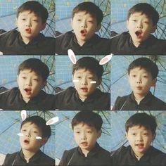 baby yixing! how cute!! (╹◡╹)