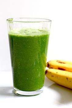 blitz this now: basic green smoothie!