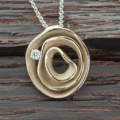 Collier aus der Dune-Kollektion von Annamaria Cammilli