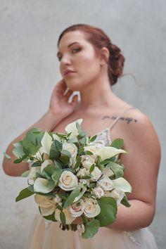 #stylemepretty #bouquet #classicbouquet #flowerinspiration #prettyflowers #weddingbouquet #whitebouquet #greenbouquet