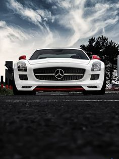 White #Mercedes SLS looks like its about to charge.