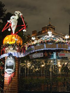 Disneyland's Nightmare Before Christmas overlay at the Haunted Mansion.