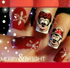 Christmas nail art hand painted by Christine (artsychris) Instagram