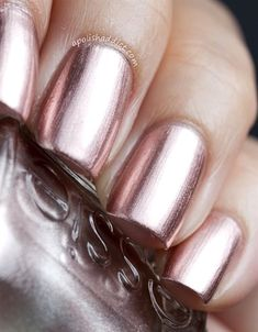 """Dear Rose Gold, I love you! Essie's """"Penny Talk"""" 