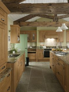 Exposed beams... Amazing in any kitchen. Featured in #secondnatures Lyndon classic kitchen
