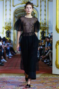 Simone Rocha Ready To Wear Spring Summer 2016 London - NOWFASHION