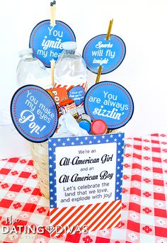 A gift basket to inspire a last minute of July date night. Any holiday is a reason for a cute date. Make a last minute effort to focus on your love in all the land while celebrating the land that you love! Patriotic Party, Patriotic Decorations, 4th Of July Party, Fourth Of July, 4th Of July Desserts, Dating Divas, Lets Celebrate, Family Traditions, Independence Day