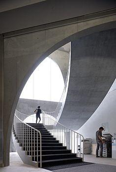 Galeria de Biblioteca da Universidade de Arte de Tama / Toyo Ito por Iwan Baan - 17