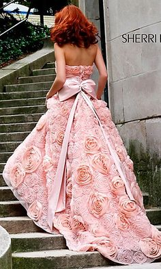 dress evening gown with flowers train