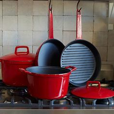 You're all set. Covered in beautiful, shiny enamel, this Cast Iron Set has everything you need to fry, saute and bake in the kitchen: a spacious Saute Pan and Dutch Oven (both with lids), a heavy grill pan and an everyday skillet.