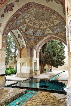 Fin Garden (Bagh-e Fin) - Kashan, Iran  A historic & traditional Persian garden, it dates back to 1590 CE. It was declared a UNESCO World Heritage Site in 2012