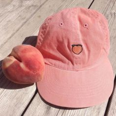 UNIF peach cap Never worn, super cute but doesn't fit my style. Brandy Melville styled cap, authentic from UNIF website UNIF Accessories Hats Soft Grunge, Grunge Outfits, Sara Anderson, Ulzzang, Mode Rose, Peach Aesthetic, La Mode Masculine, Hipster, Just Peachy