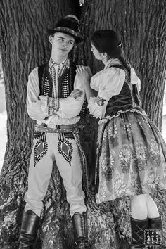 Hopelessly addicted to folklore. Folk Costume, Costumes, Polish Folk Art, Norse Pagan, Folk Clothing, Folk Dance, Folk Fashion, Beauty Photos, Dance Photography