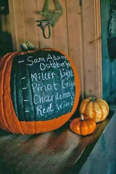 We've already told you how to get ready for an outdoor fall wedding, and today I'd like to be more specific and tell you of some cool fall backyard wedding . Outdoor Fall Parties, Fall Themed Parties, Backyard Parties, Fall Harvest Party, Harvest Bar, Harvest Moon, Rustic Backyard, Wedding Backyard, Backyard Bbq