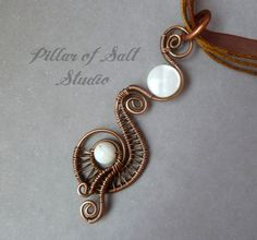 Wire Wrapped Pendant // wire wrapped jewelry handmade necklace // wire jewelry // mother of pearl // copper jewelry / wire jewelry