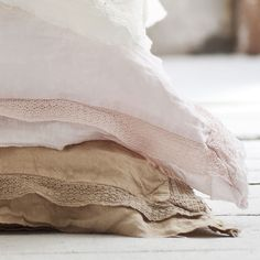 100% linen pillow case with lace detail  (Marshmallow Pink)