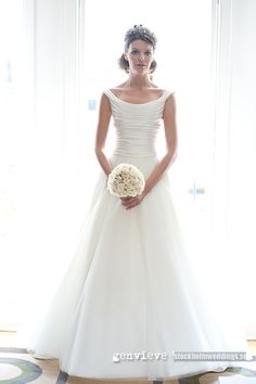 New simply stunning phillipa lepley wedding dress my daughter Elle described the wedding photos she said wow she is just glowing