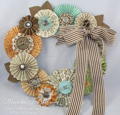 Will you make only one wreath for Fall or will you bust out a Halloween Wreath and an Autumn Wreath?! Here are some great Fall Wreath Ideas...