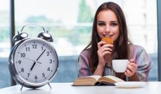 Intermittent fasting can be done in a number of ways. Here is a practical how-to guide to the 2 most popular types of intermittent fasting, which are. Omad Diet, Best Keto Diet, Health Diet, Ketogenic Diet, Brain Health, Ideas Desayunos, Smoothies, Fat Burning Tips, Snacks Saludables