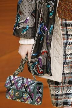 Paris Fashion Week: Chanel   DRESS A PORTER – BLOG