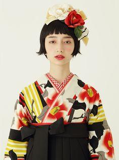 Pin by blue waterotter on Face ref in 2019 Kimono Outfit, Kimono Fashion, Fashion Art, Vintage Fashion, Kimono Japan, Japanese Kimono, Japanese Girl, Japan Graphic Design, Modern Kimono