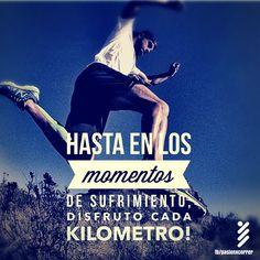 Hasta en los momentos de sufrimiento, yo si que disfruto de cada Kilometro ;)  #SoyRunner!