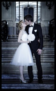 robe de mariee kitty and dulcie - mariage de Cécile et Kévin http://withalovelikethat.fr
