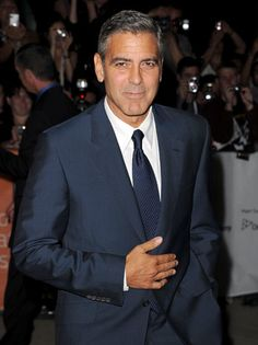 Mr. Clooney knows how to dress like a man.