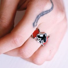 Red Diamond Black Queen of Heart Gothic Fashion Jewelry Rings SKU-11403036