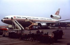 Turkish in better times before it crashed with total loss of life near Paris on March 1974 Istanbul Airport, Dubai Airport, Flights To London, National Airlines, Emirates Airline, Turkish Airlines, Civil Aviation, Commercial Aircraft, United Airlines