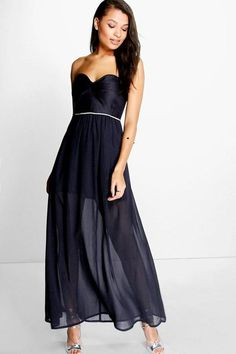 90d2eeab74c38e boohoo Corin Bandeau Embellished Waist Chiffon Maxi Dress Witte Chiffon