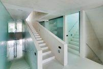 Villa mit Pool von Wiel Arets / Hollywood in Spanien - Architektur und Architekten - News / Meldungen / Nachrichten - BauNetz.de