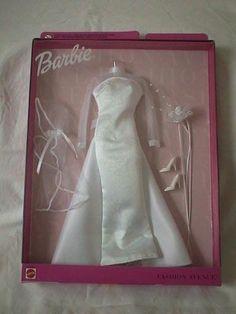 Disney Barbie Dolls, Barbie Dolls Diy, Diy Barbie Clothes, Vintage Barbie Dolls, Diy Doll, Barbie Wedding Dress, Barbie Gowns, Barbie Dress, American Girl Doll Movies