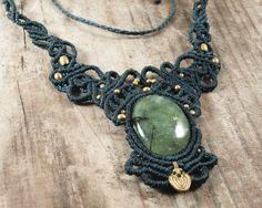 Macrame necklace Prehnite jewelry Barroque от BySinuhe на Etsy