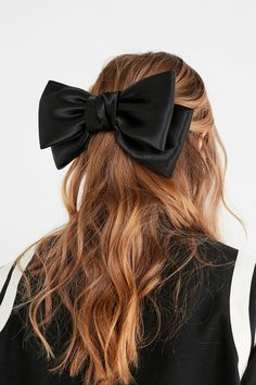 Sophie Satin Bow Hair Clip | Urban Outfitters