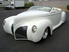1939 LINCOLN ZEPHYR CONVERTIBLE