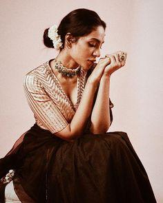 6 Times Sobhita Dhulipala Gave us Saree Goals | Bridal Look | Wedding Blog Wedding Outfits, Wedding Wear, Wedding Blog, Photography Poses Women, Photography Editing, Saree Photoshoot, Photoshoot Ideas, Blouse Styles, Blouse Designs
