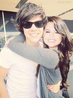 Harry Styles And Selena | 7434130318_0558b33622_z.jpg