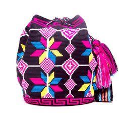 Hermosa Wayuu Bag - woven by one thread - MOCHILAS WAYUU BAGS
