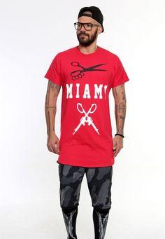 miami vagrancy #vagrancylifestyle #handmade #tops #man Miami, Lifestyle, Mens Tops, T Shirt, Handmade, Fashion, Hand Made, Moda, Tee Shirt