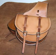 Handmade Leather, Leather Craft, Real Cowboys, Bike Bag, Leather Saddle Bags, Round Bag, Everyday Carry, Craft Items, Ant