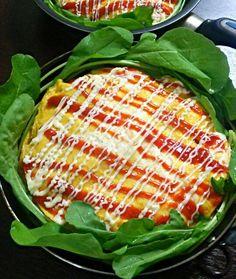 息子大好きオムライス♪ きょうは、グリルパンの下にも卵敷いて、ケチャップご飯を卵でサンド(*´∀`)ケチャップビームに真夜ビーム、あれマヨビーム♪  ケチャップご飯は、鳥コマと玉ねぎとピーマン欠かせません~(^^)v - 135件のもぐもぐ - お帰り、オムライス♪ by yukikimu0721