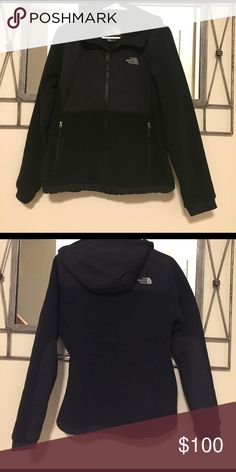 North Face Denali Hooded Fleece Jacket - Women's Decided I wanted a different color after purchased and to late to return.  Great condition. No stains / rips.  First 2 pics is the actual jacket. Next 2 pics are from online. The North Face Jackets & Coats