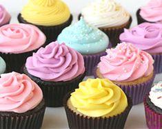 Frosting o cobertura para cupcakes de colores