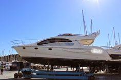 Barca a motore Enterprise Marine EM 43 - 2 Cabine 2 Bagni - 2x435 Volvo Penta Diesel  POCHE ORE DI MOTO 180 Flaps idraulici, Comandi motori con leve elettroniche, Passerela idraulica, Aria condizionata, Raddrizzatore, Antenna Satellitare TV DOPPIA TIMONERIA  Pilota automatico (FURUNO AP30 + REP FLY), GPS (GARMIN MAP 4012 + REP FLY), GPS (GARMIN MAP 4012 + REP FLY