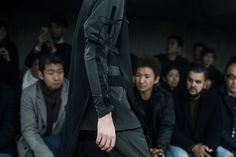Y-3 FW16 Collection Front Row Look