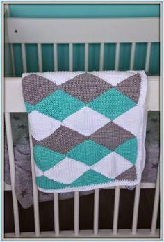 In een van mijn eerdere blogs heb ik de gehaakte ruiten deken oftewel 'harlequin blanket' al laten zien. Ik vind hem zelf erg leuk geworden...