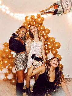 Go Best Friend, Best Friends, Sequin Skirt, Sequins, Skirts, Fashion, Beat Friends, Moda, Skirt